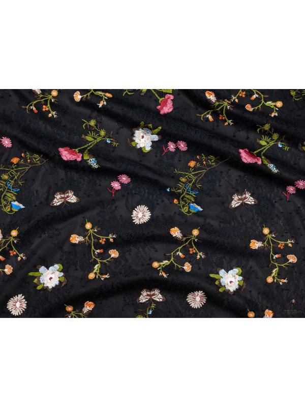 Mtr. 1.80 Embroidered Chantilly Lace Fabric Floral Black
